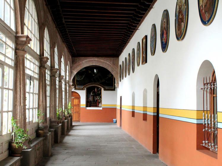 Одна из галерей музея Св.