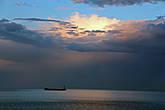 корабли на рейде в Гибралтарском проливе