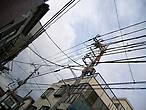 Провода над городом