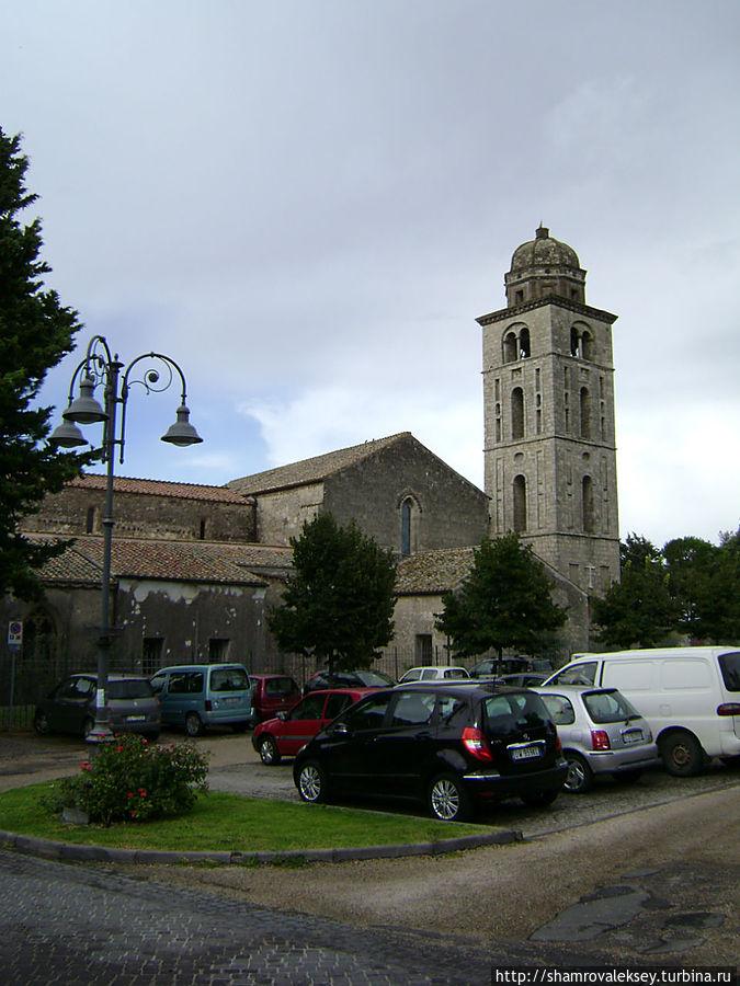 Тарквиния. Францисканский монастырь Тарквиния, Италия