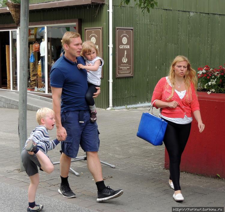 У многих исландских семей