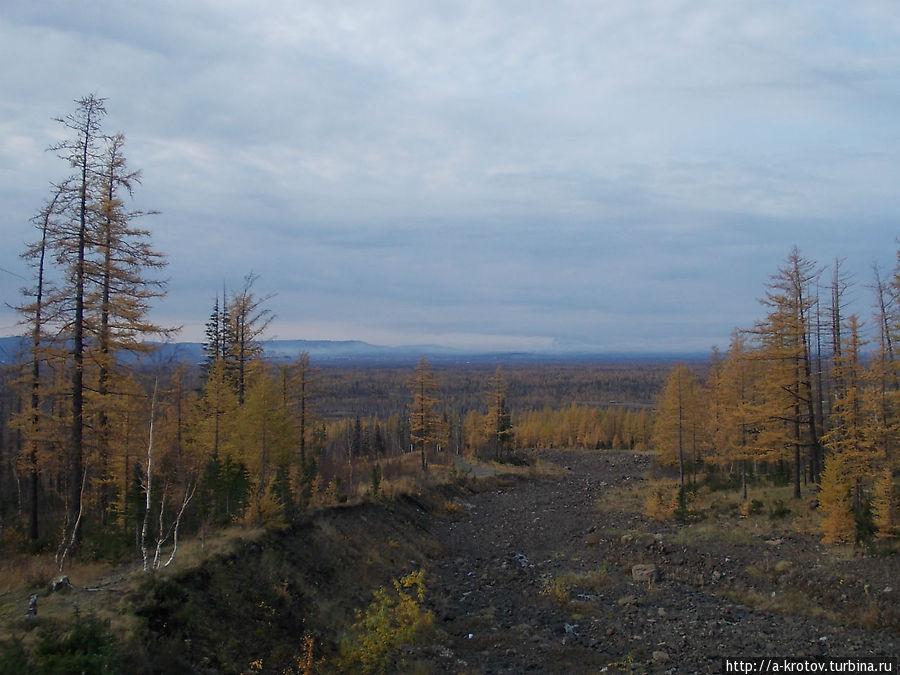 Окрестности Талнаха —  природа и шахты Талнах, Россия