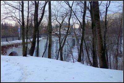 Каменный мост через Березуйский овраг, 1777 — 1780 гг. — самый большой каменный виадук в России.