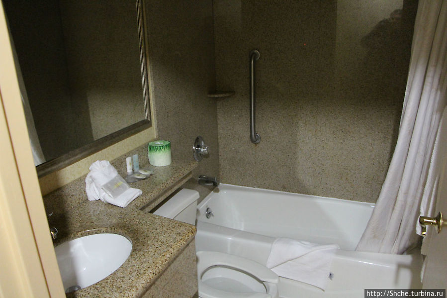 как для 2-х звездочного отеля наличие ванной считаю хорошим дополнением