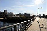 Мост по которому я перешел из Оттавы в Гатино.  Называется он Портидж.
