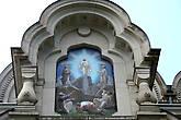 Преображенская церковь в Баден-Бадене. Мозаичная икона Преображения Господня над входом, выполненная венецианским художником А. Сальвиати по рисункам князя Г. Г. Гагарина.