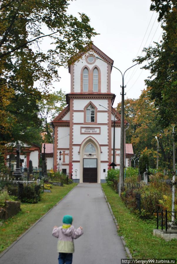 Кальварийский костел. 1841г. Долгое время единственный действующий католический храм города.