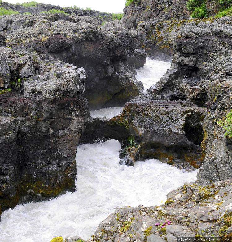 Водопад Барнафоссар (поги