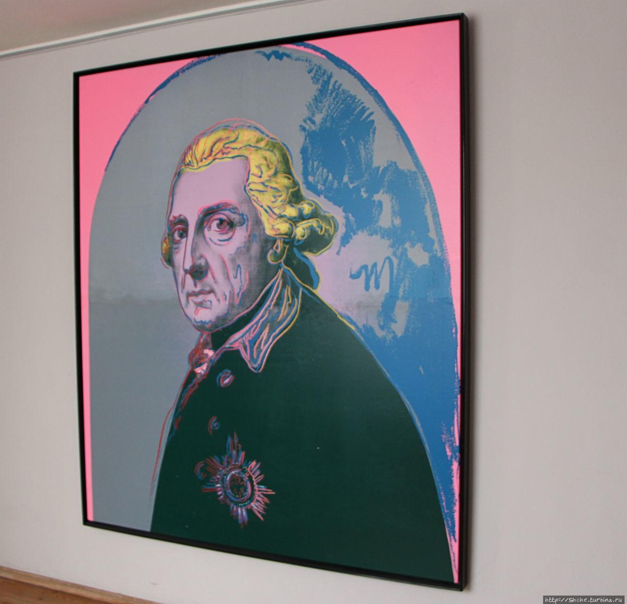 а это уже на выходе знаменитая картина Энди Уорхола (интересно, что бы с ним сделал Фридрих, увидав этот шедевр?)