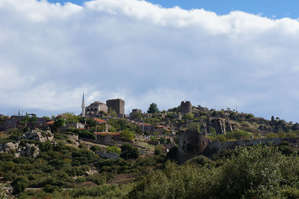 Вид   на   руины   города.