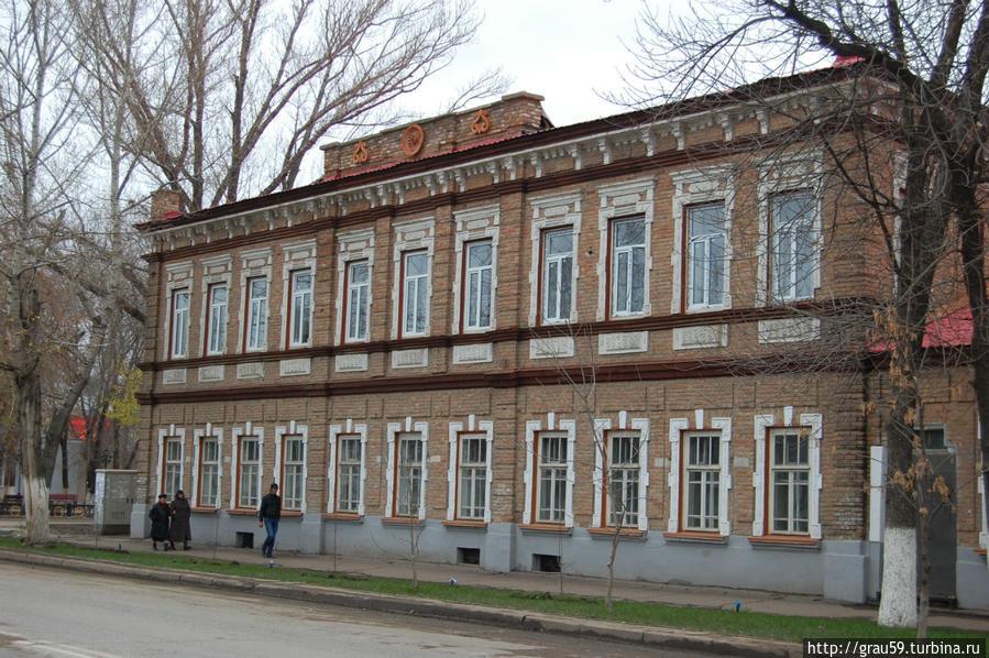Вид со стороны проспекта Достык-Дружбв