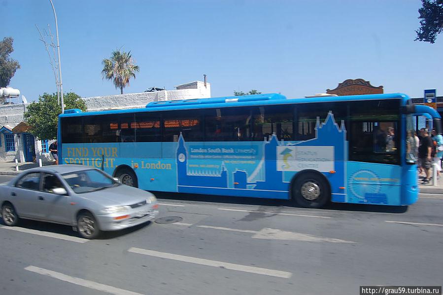 Автобус на улицах Лимассола