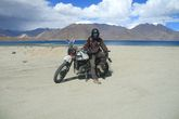 Раджат и мотоцикл Royal Enfield Himalayan 411 CC
