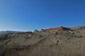 стена Ло Мантана осталась выше