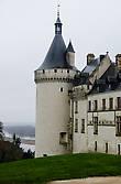 Плохая погода этот замок совершенно не портит...