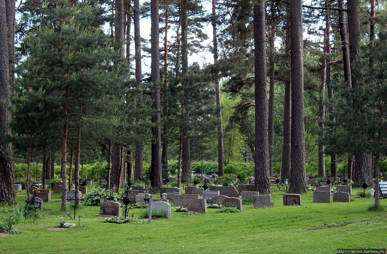 Лесное кладбище Skogskyrkogården (объект ЮНЕСКО № 558)