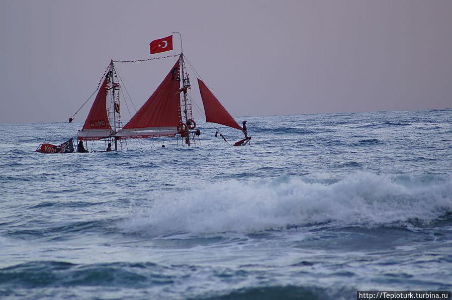 Рыбалка на яхте на Средиземном море Алания, Турция