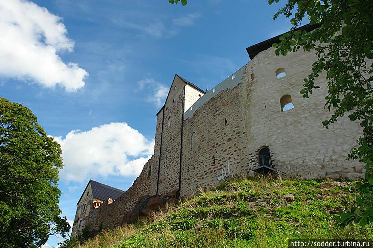 Средневековый замок Касте