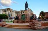 Памятник Паулю Крюгеру