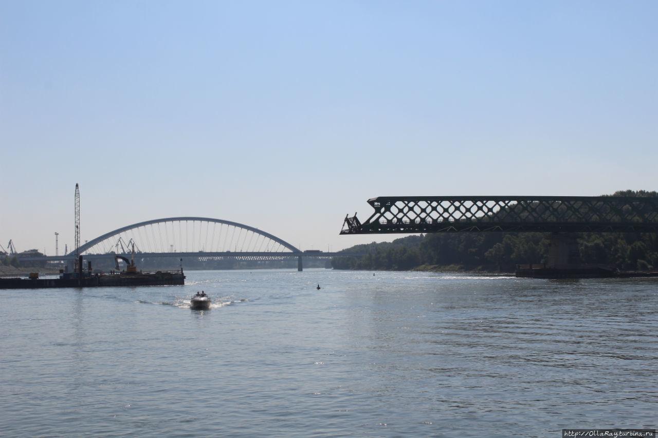 Строят ещё один мост