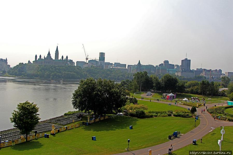 Гатино: смотровая на Парламентский холм и сад Дзен Гатино, Канада