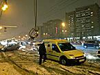А это уже ночью в районе Алексеевской. Наверное где-то час ночи, а инкассатор все работает, а народ все едет по своим делам. 24/7