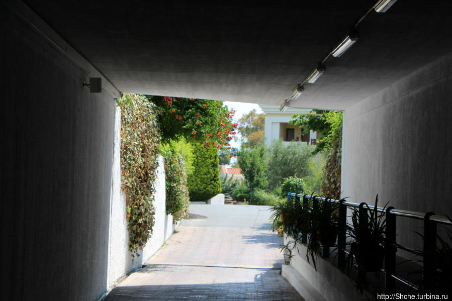тоннель между территориями