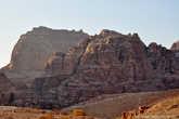 Мало! Один день – это очень мало времени на посещение такого богатого историей места. Скажем так: пусть это будет первый раз, и я еще обязательно окажусь в этом сказочном городе под названием Петра, а тем более, кроме него в Иордании есть масса удивительных уголков, которые также заслуживают своего внимания.