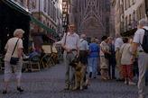 Я с Арчером на улочке Страсбурга