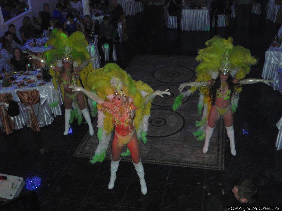 Танцовщицы