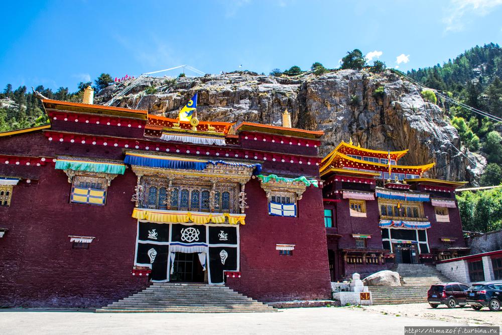 Восточный Тибет, монастыр