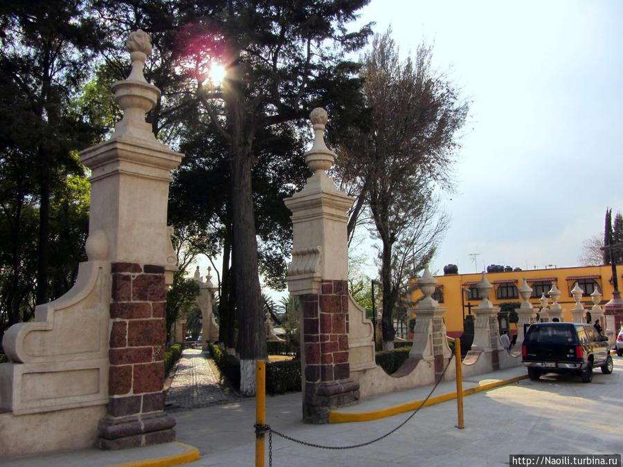 Тепосотлан: центральный сквер Сокало