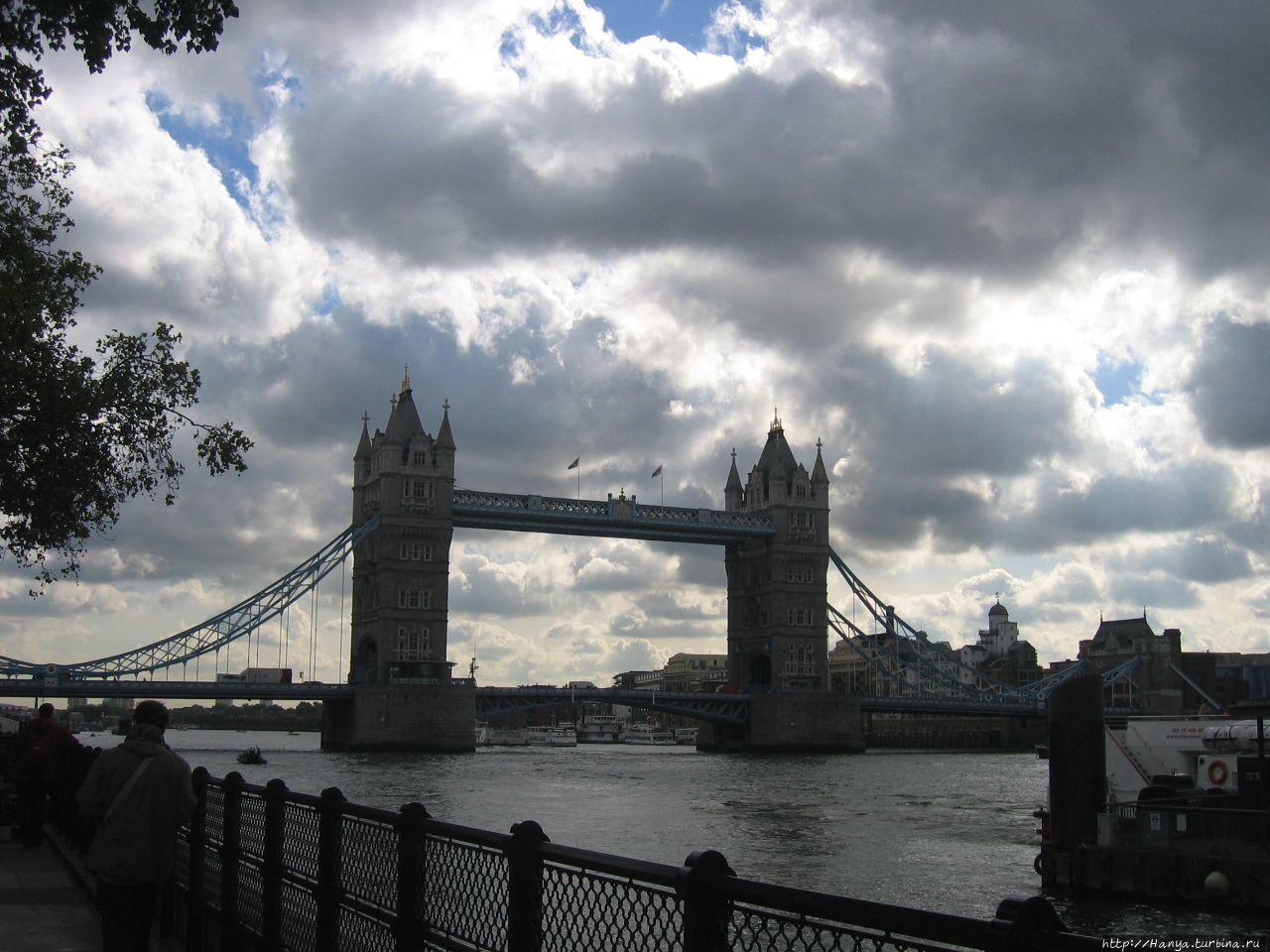 Тауэр-бридж в Лондоне