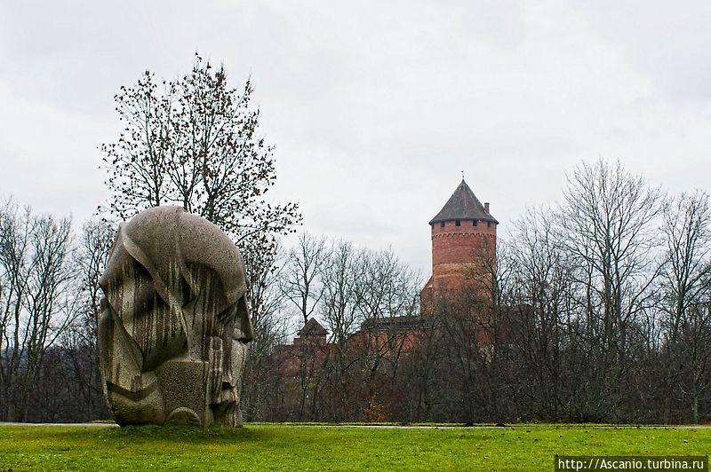 Сигулда и Тураидский замок Сигулда, Латвия
