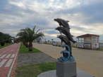А это самая известная с советских времен скульптура Батуми, стоит не далеко от Дельфинария