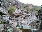 Считается что вода в реке обладет целительной силой. Купание в реке доставляет огромное удовольствие, вода очень теплая, потому как успевает прогреться солнцем, перед тем как войти в каньон.