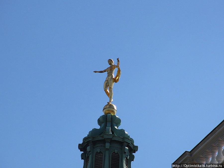50 метров над Берлином: статуя богини Фортуны на куполе Старого дворца в Шарлоттенбурге