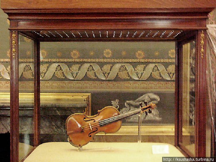 Одна из скрипок Страдивар