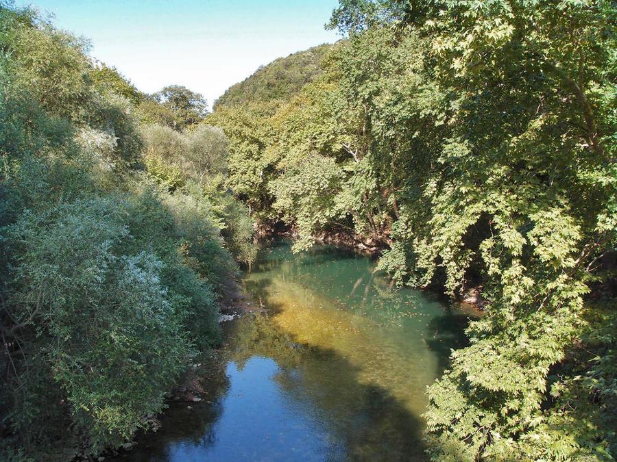 Река Пиньос (Pineios) в долине Темпи