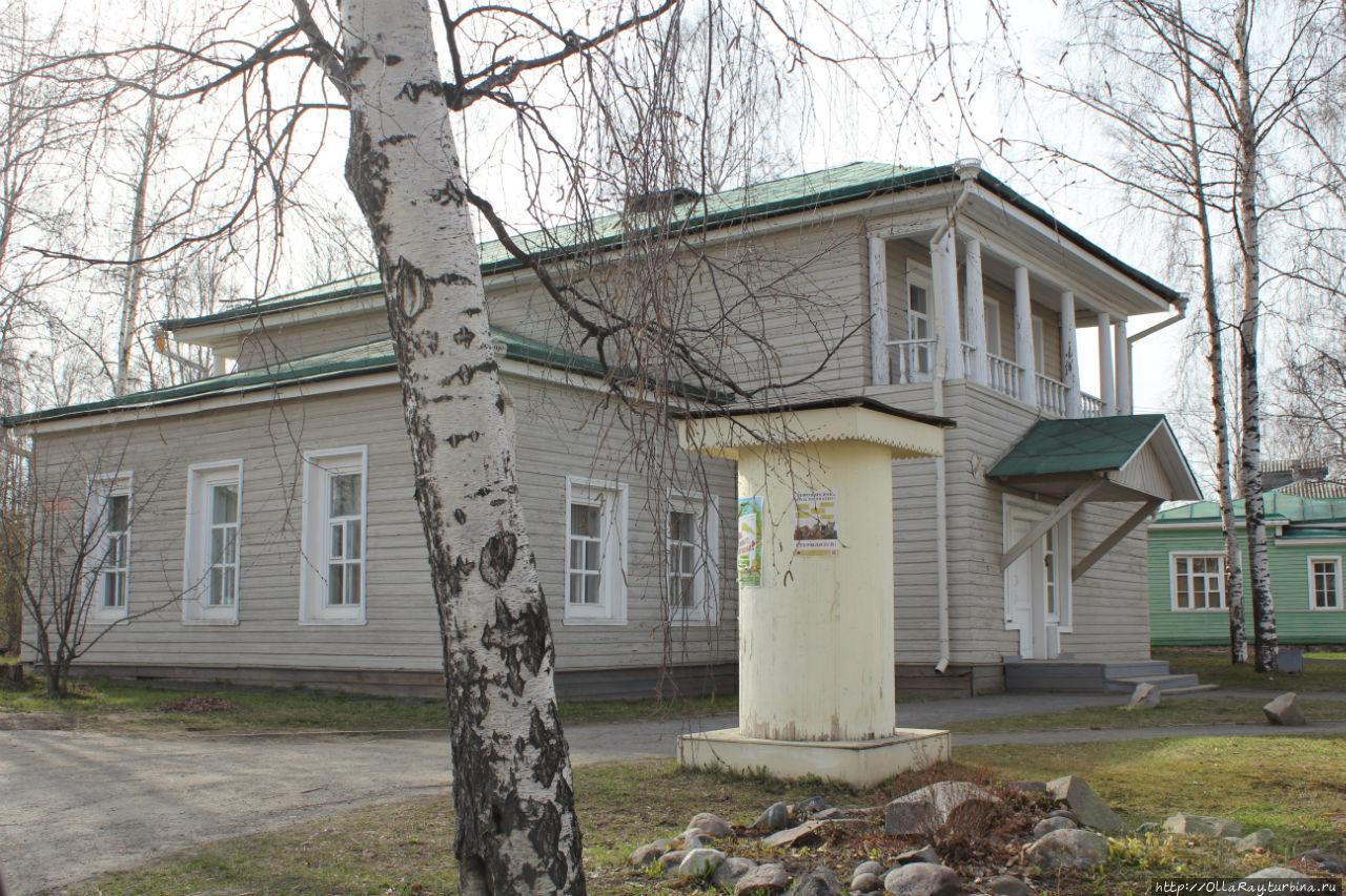 Дом лесничего Кучевского (1827г)