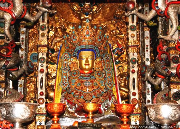 Будда Джово в храме Джока