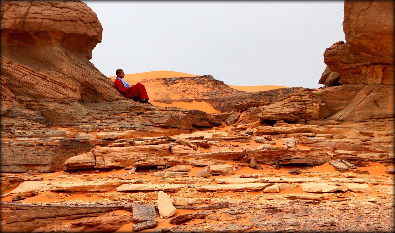 Невероятные пейзажи и наскальные рисунки Тассилин-Аджер Тассилин-Адджер Национальный Парк, Алжир