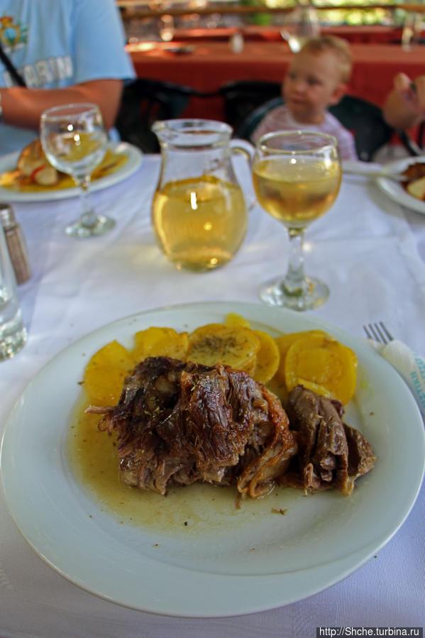 мое блюдо — баранина и домашнее вино