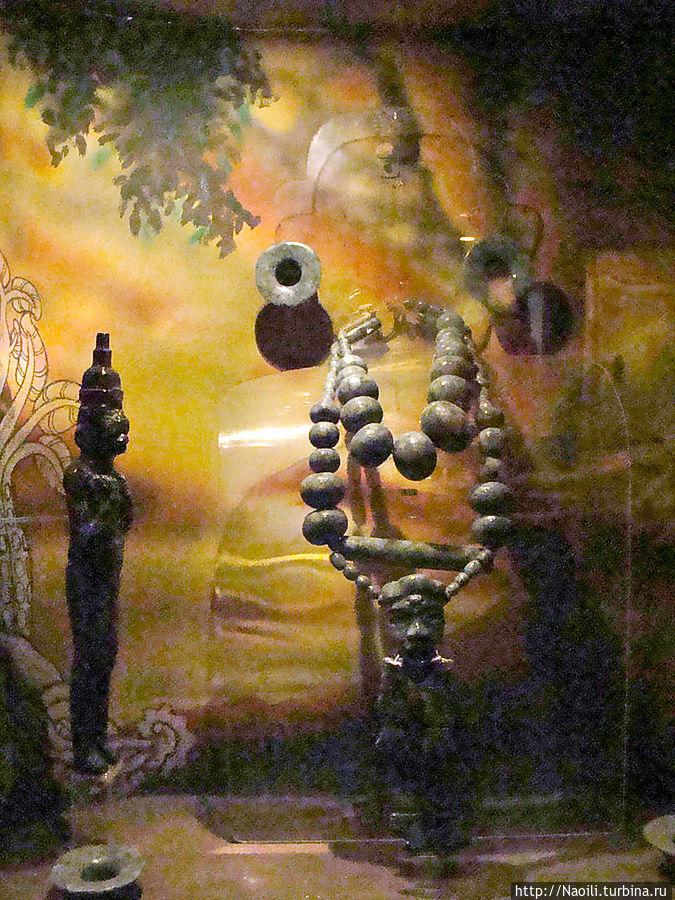 Фигуры из Исапы, поселения существовавшего с 1800 года до н.э., когда там жили мокая и ольмеки до 300 года н.э. когда там жили майя