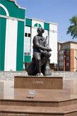12. Памятник С.Д. Эрьзе перед музеем его имени.