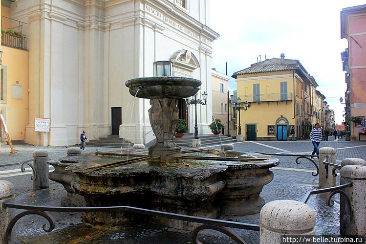 Фонтан работы Бернини.