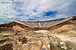 Здесь также находится неплохо сохранившийся древнегреческий театр, построенный в V веке до н.э (на фото он покрыт специальным защитным навесом).....