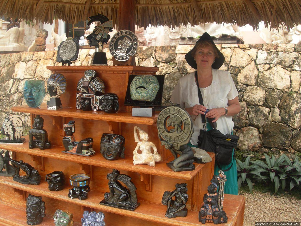 Сувениры из отборного камня Чичен-Ица город майя, Мексика