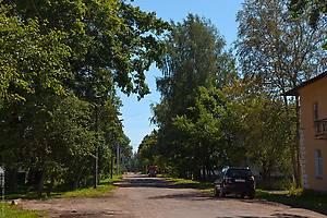 Боковая улочка перпендикулярно улице К. Маркса