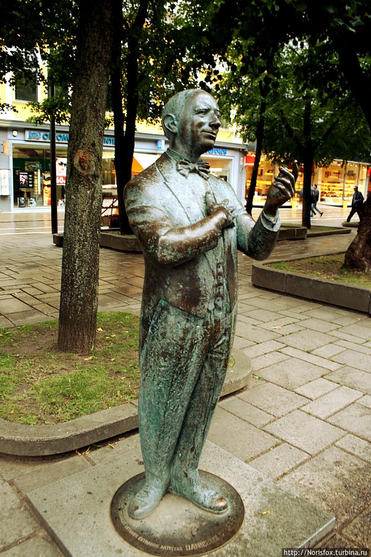 Даниэлюс Дольскис  в брон